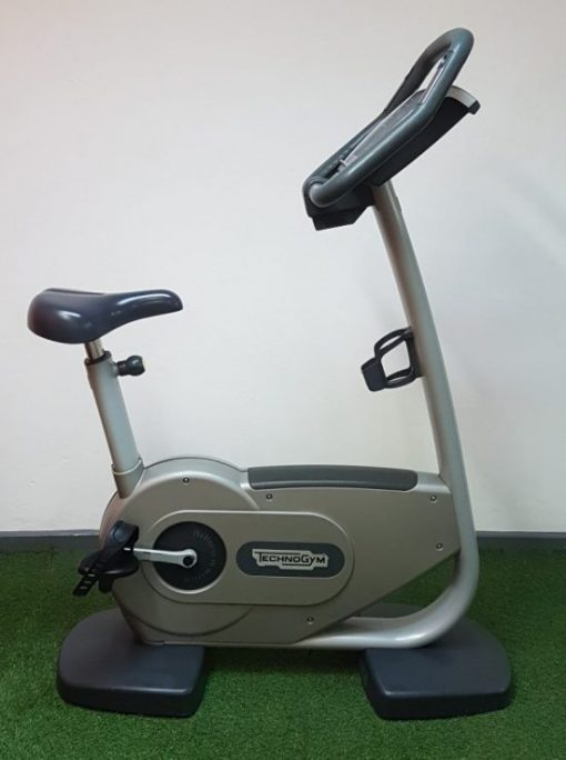 Technogym-Excite-700-Upright-Cycle